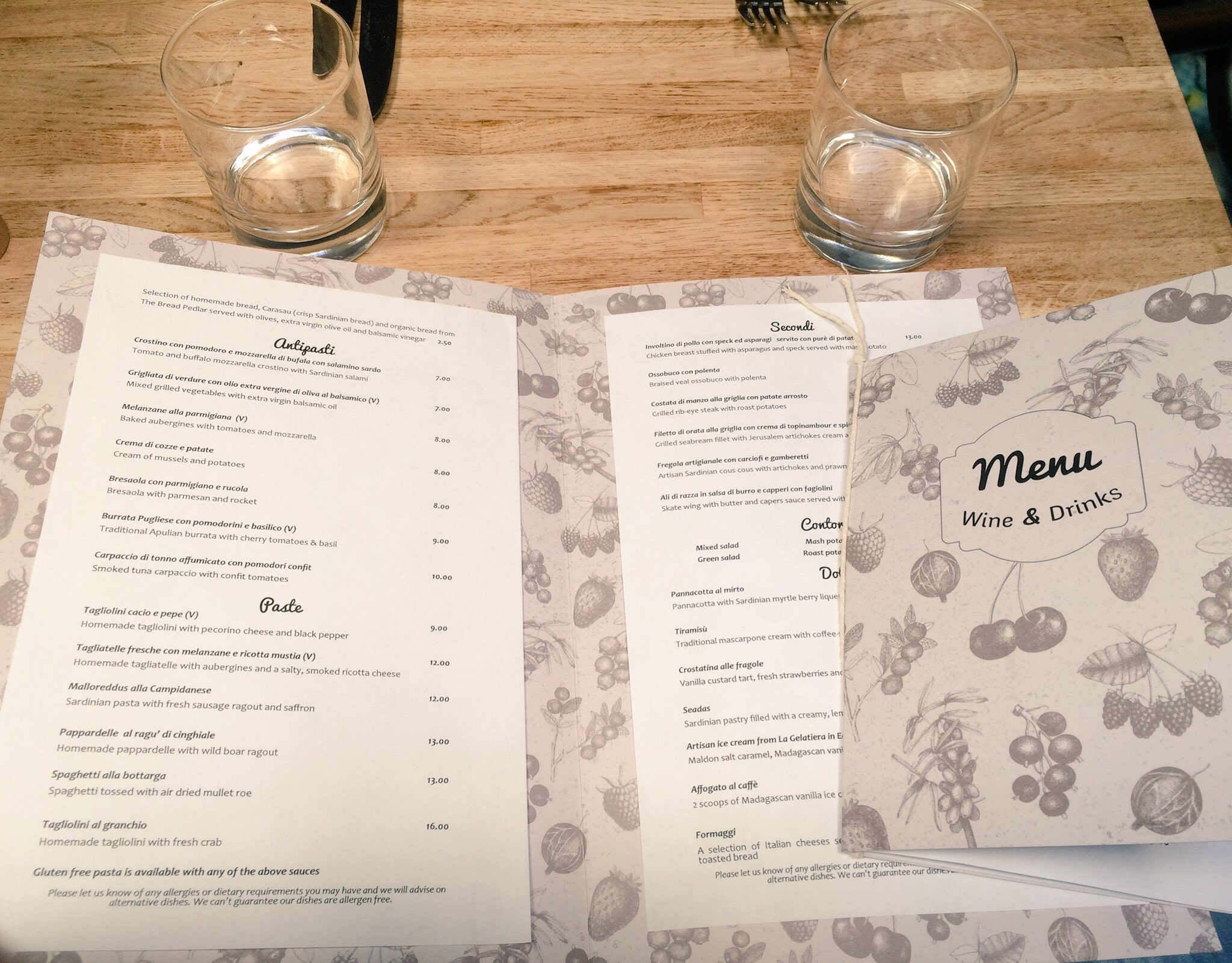 New menu, Mora restaurant